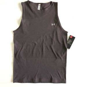 Under Armour NWT Women's Heat Gear Top~ Size Large